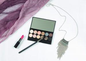 makeup-1137706_960_720