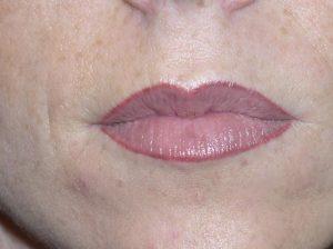 zly makijaż permanentny