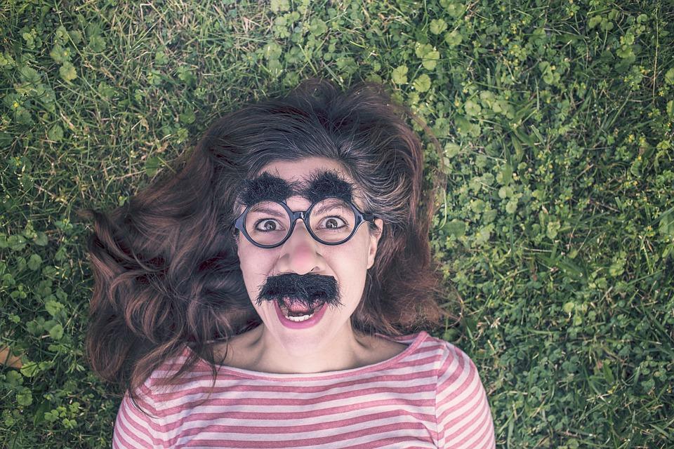 jak pozbyć się wąsika